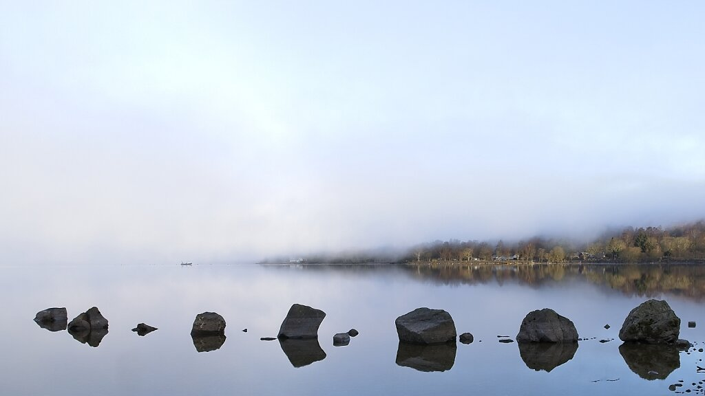 Early morning mist at Loch Lomond